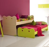 Pull-out double bed